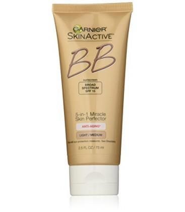 Perfecteur Garnier Miracle peau Anti-Aging BB Cream, Léger / Moyen, 2,5 Fluid Ounce (emballage peut varier)